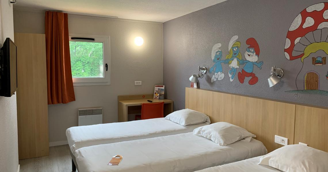 Chambre triple - initial by balladins - Tours Sud