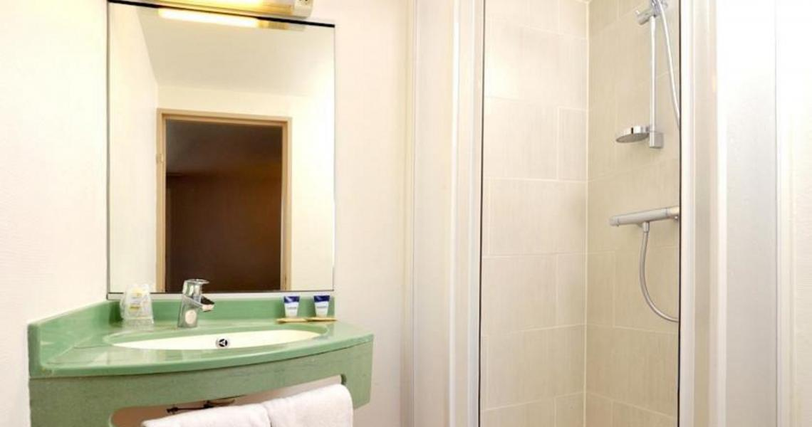Salle de bains - balladins Vigneux-sur-Seine