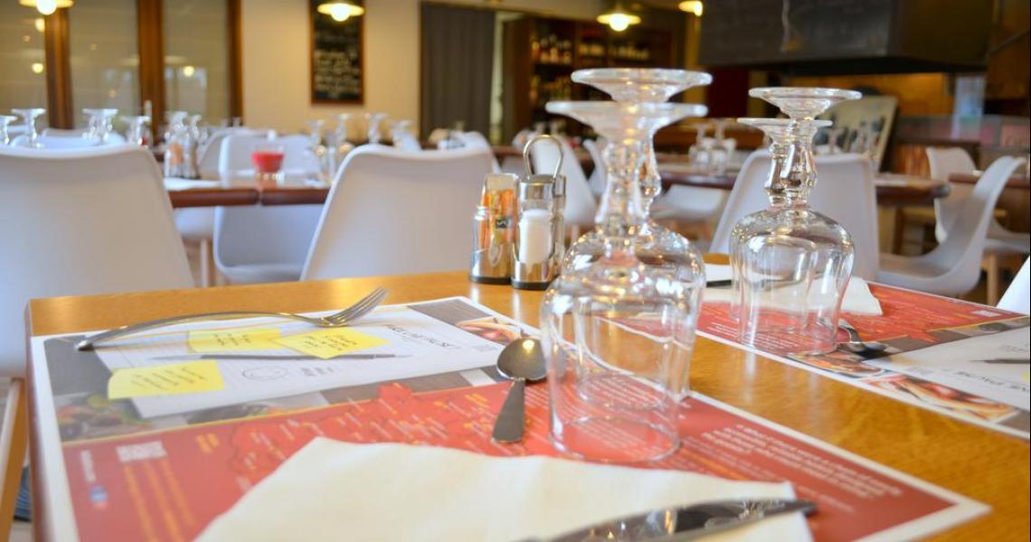Restaurant / Salle Petits-Déjeuners - Hôtel balladins La Roche-sur-Yon