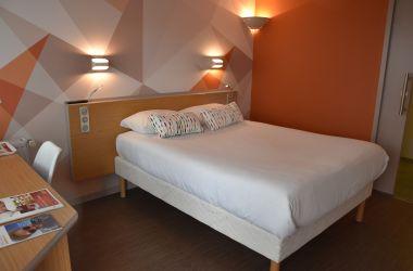Chambre Double Confort - initial by balladins - La Roche-sur-Yon