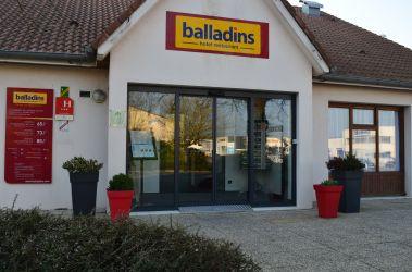 Entrée de l'hôtel - Hôtel balladins La Roche-sur-Yon