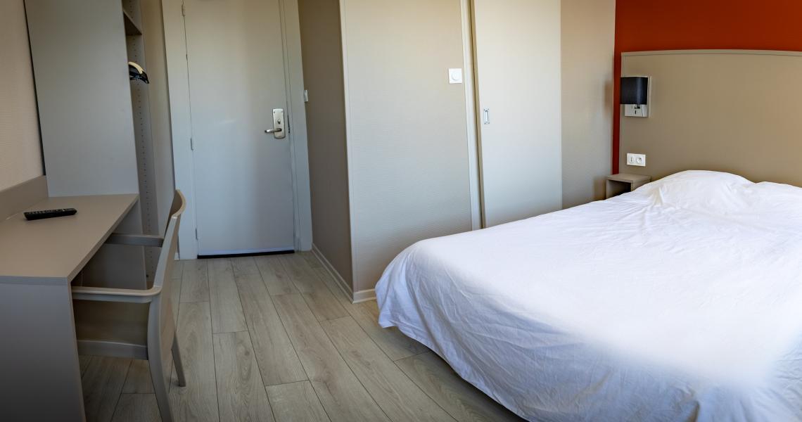 Hotel de la gare chateauroux - chambre double 3-2