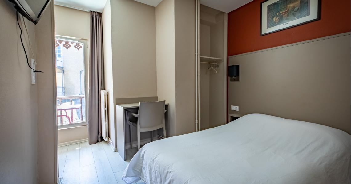 Hotel de la gare chateauroux - chambre double 5-2