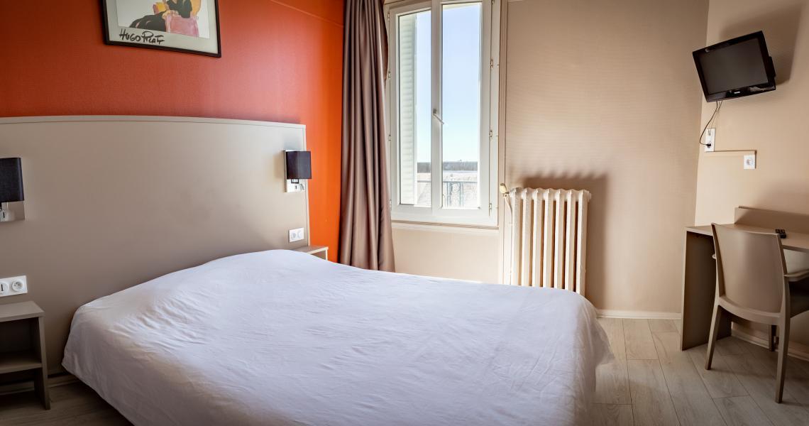 Hotel de la gare chateauroux - chambre double 6