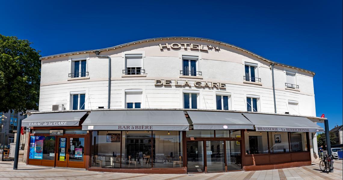 Hotel de la gare chateauroux - facade-2