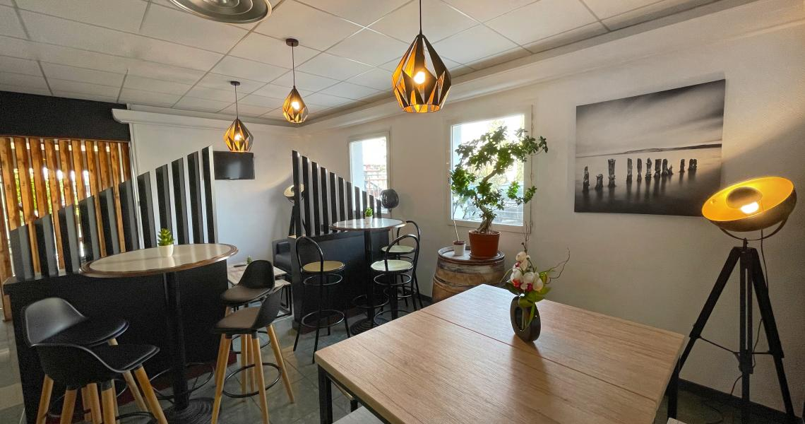 Espace coworking - initial by balladins dijon nord