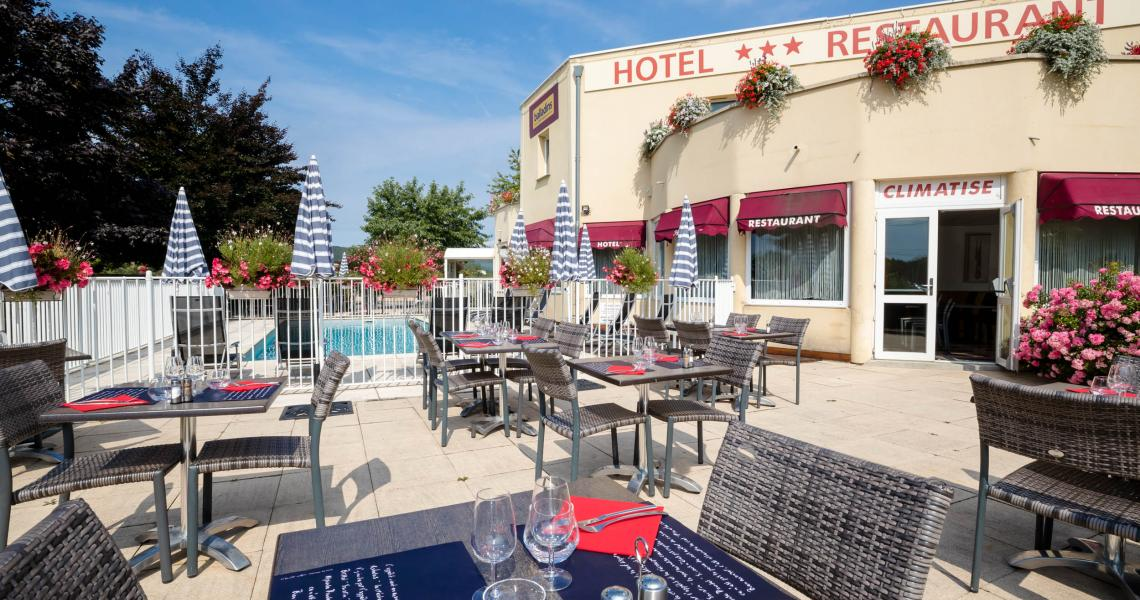 Terrasse & Piscine - authentic by balladins - Dijon / Marsannay