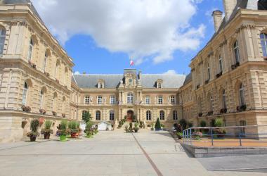 Hôtel de ville Amiens - Crédit photo www.amiens-tourisme.com