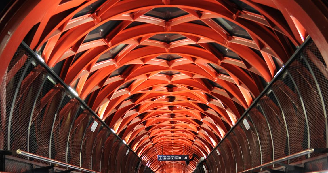 Passerelle de la gare - Place Napoléon - Crédit Photo ©Ville de La Roche-sur-Yon - Tous droits réservés