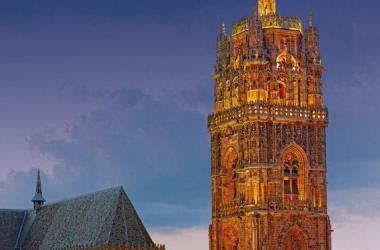 Le clocher de la cathédrale de Rodez