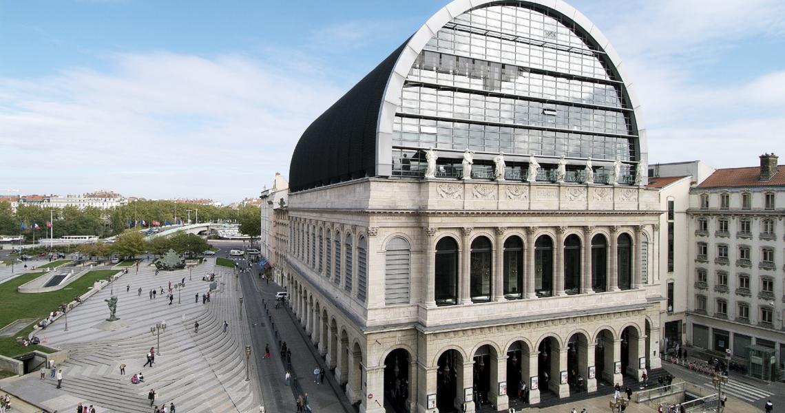 L'Opéra de Lyon et la verrière réalisée par Jean Nouvel