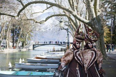 Le carnaval au bord des canaux
