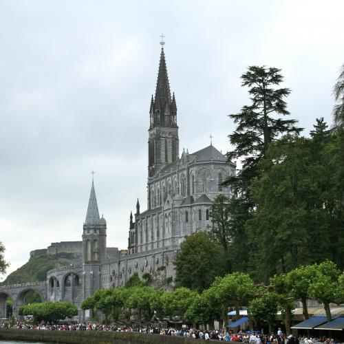 Lourdes - pèlerinage et découvertes